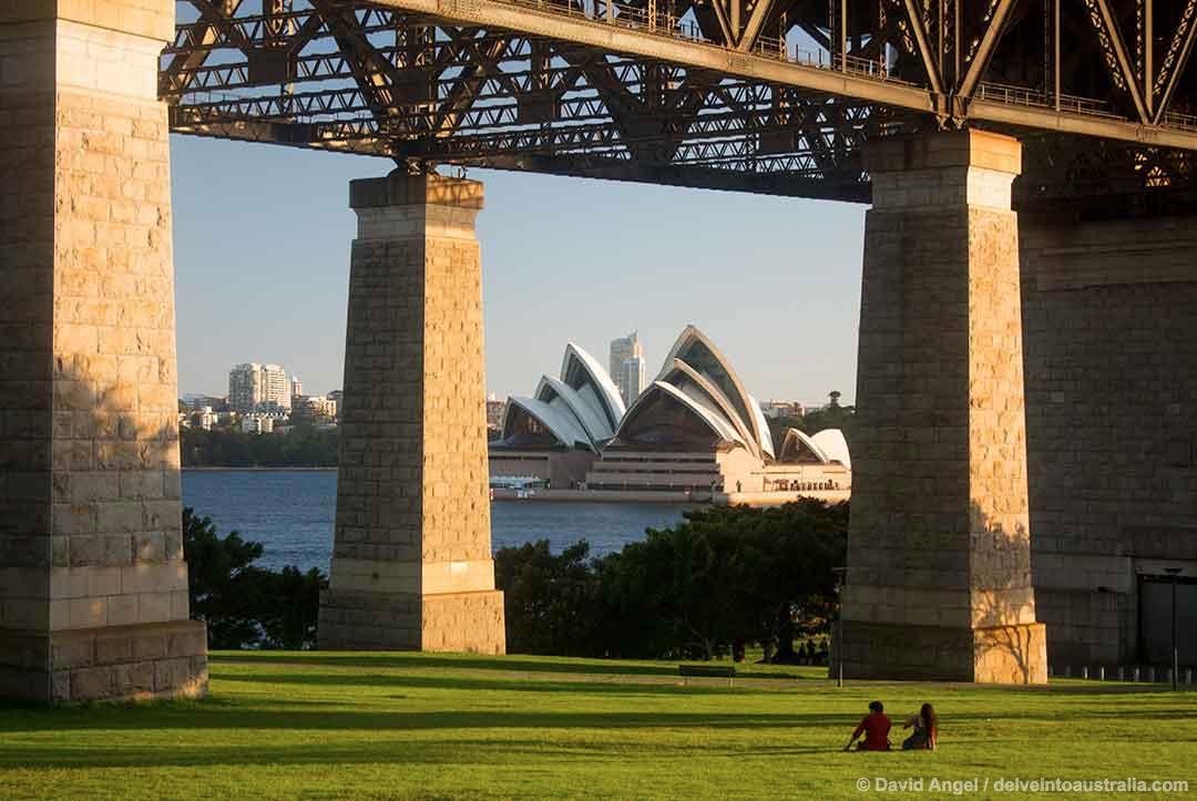 Image of the pillars of the Harbour Bridge