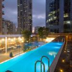 Primus Hotel Sydney Review rooftop swimming pool at the Primus Hotel Sydney
