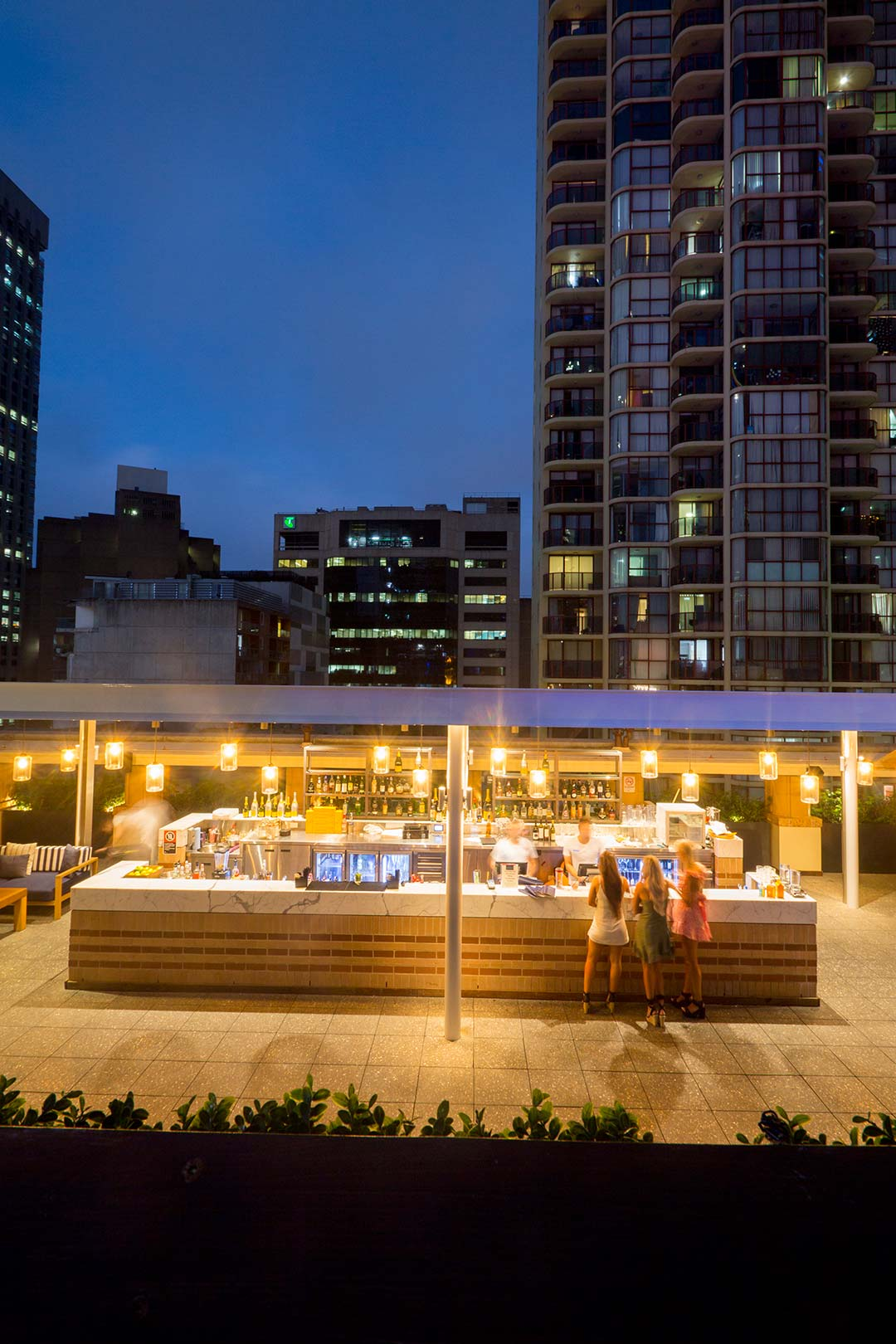 Image of the Level Seven rooftop bar at the Primus Hotel at dusk