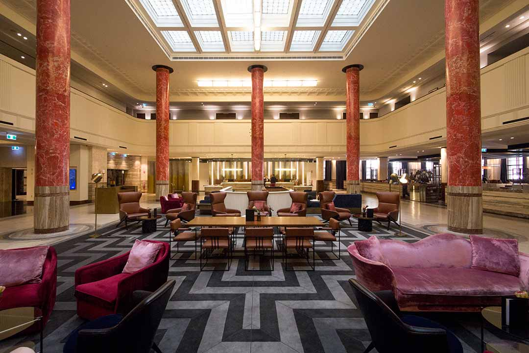 Image of the Art Deco lobby at the Primus Hotel